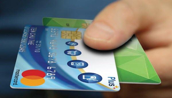 Vay tiền bằng thẻ tín dụng FE Credit là 1 trong những dịch vụ vay tiền tín chấp