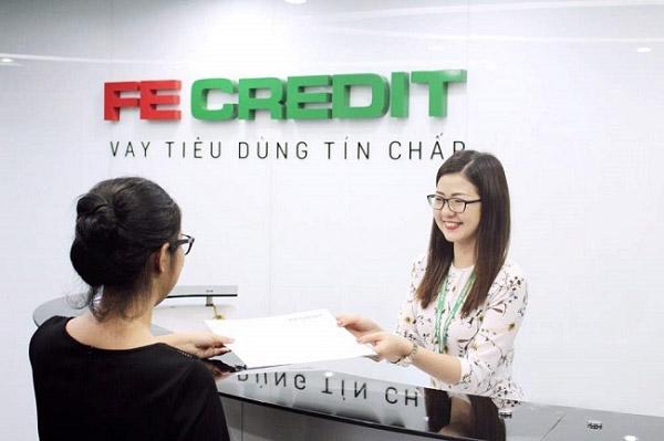 Đến trực tiếp chi nhánh/phòng giao dịch FE Credit