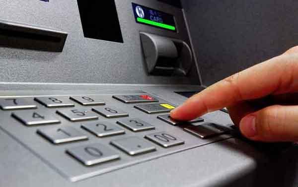 Nhập sai mã pin quá nhiều lần dẫn đến thẻ FE Credit bị khóa