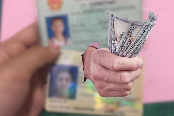 Điều kiện vay tiền bằng CMND và bằng lái xe
