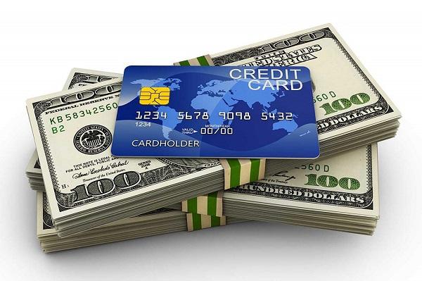 Vay theo thấu chi thẻ tín dụng
